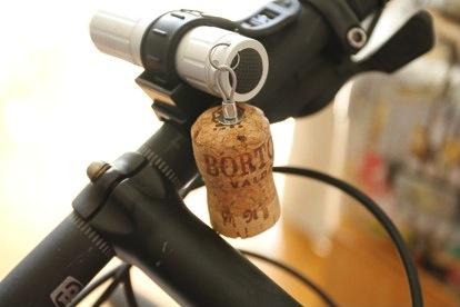ひと工夫でこんなに楽しい! ワイン廃品再利用術10