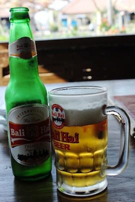 インドネシアで古都散策と地ビール探索