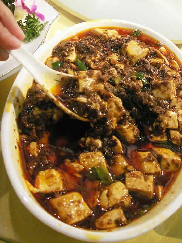 シメの名物麺を求めてウロウロ@成都